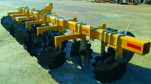 8-row High-Clearance Bedding Hippers and Rigid Toolbar