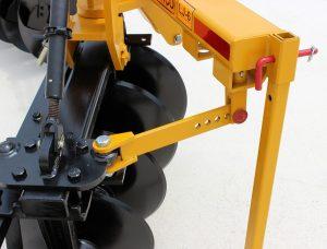 Levee Plow adjustable gang