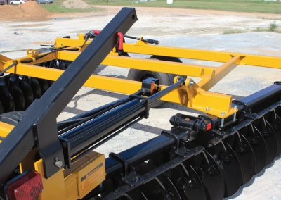 F15 Double Offset Tandem Disc Harrows 4x24 wing folding cylinder transport stand with lockout pin